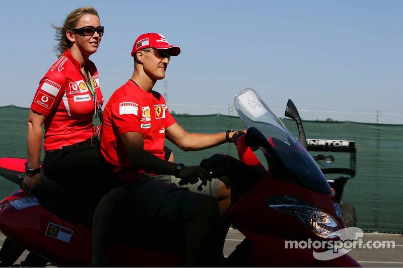 Michael Schumacher ve his personal Basın Sorumlusu Sabine Kehm