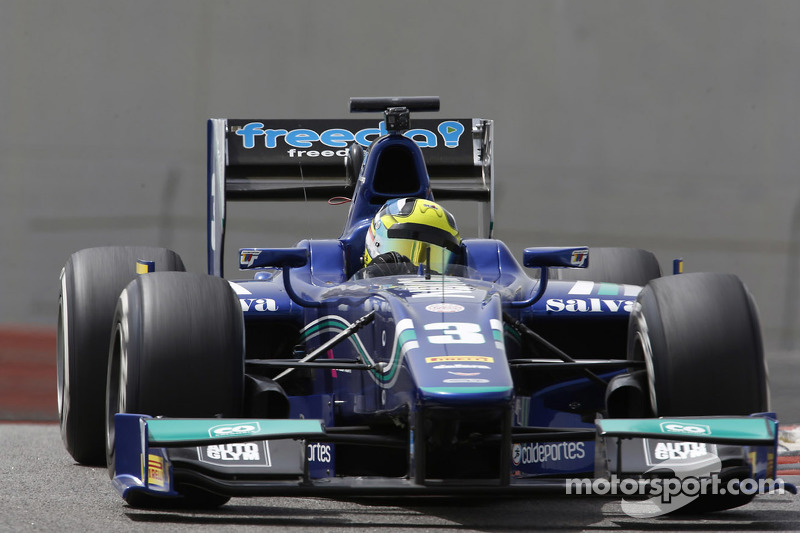Julian Leal, Carlin