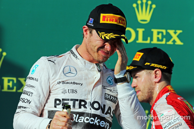 Ніко Росберг, Mercedes AMG F1 святкує друге місце на подіумі
