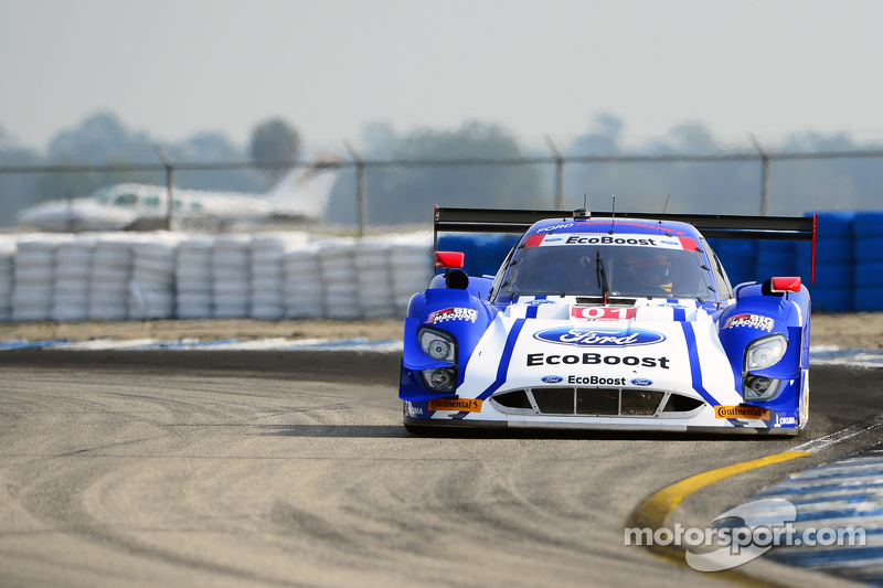 #01 Chip Ganassi Racing Ford/Riley: Scott Pruett, Joey Hand, Scott Dixon