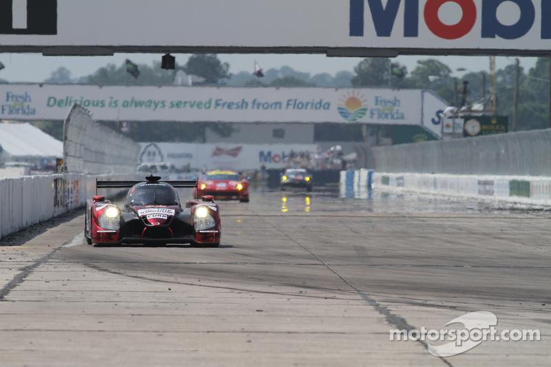 #60 Michael Shank Racing with Curb/Agajanian Ligier JS P2 Honda: John Pew, Oswaldo Negri, Justin Wil