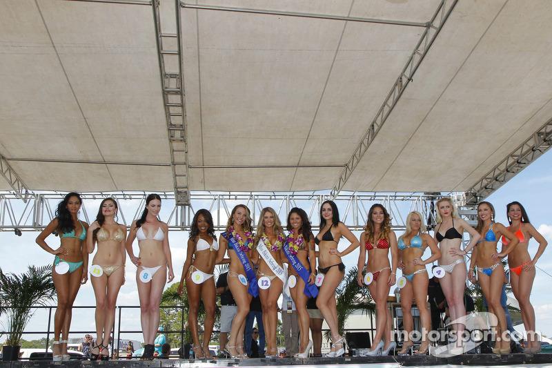 متنافسات في مسابقة سيبرنغ الشهيرة لملابس البحر