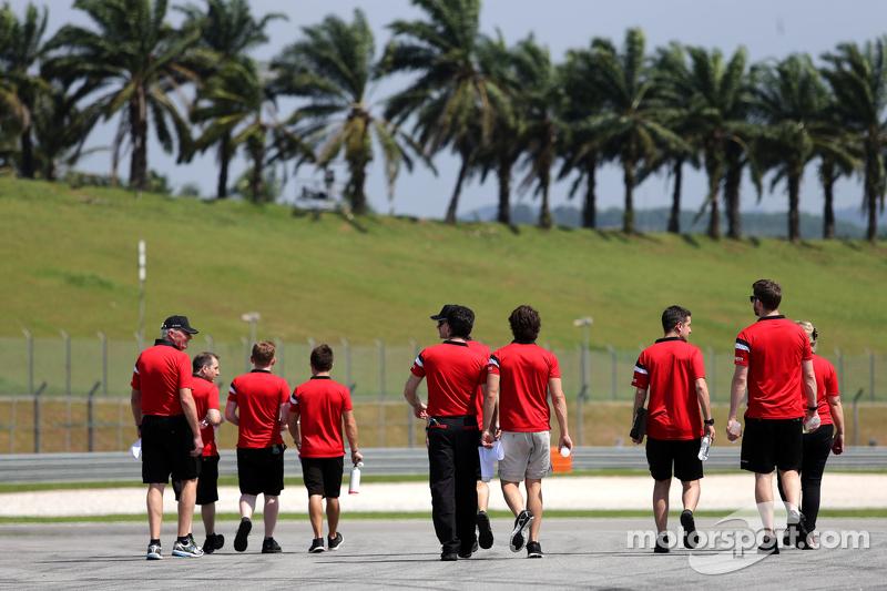 John Booth, Team Principal, Manor F1 Team, Roberto Merhi, Manor F1 Team