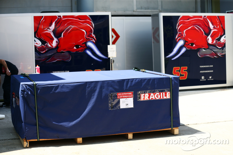 Scuderia Toro Rosso, Fracht