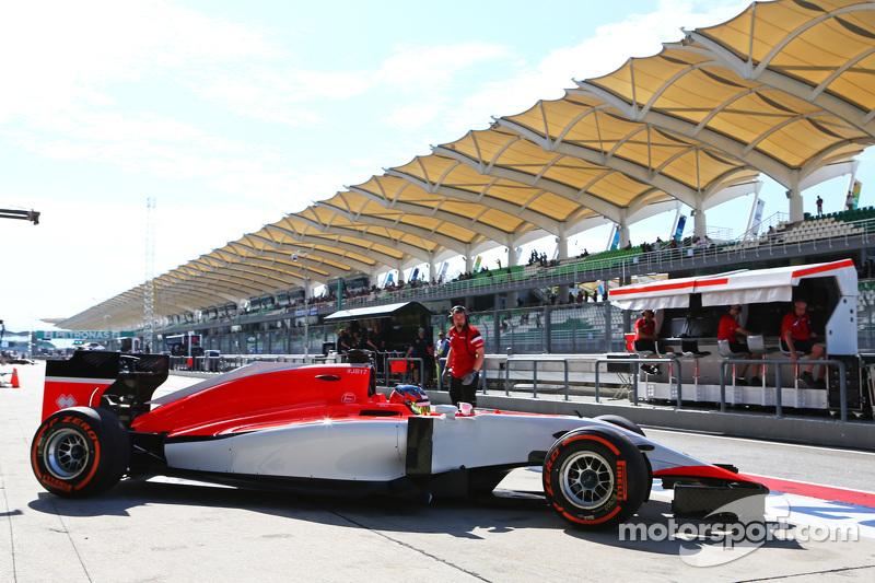 Will Stevens, Manor Marussia F1 Team, beim Verlassen der Box
