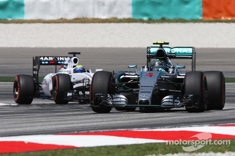 Ніко Росберг, Mercedes AMG F1 W06 лідирує Феліпе Масса, Williams FW37