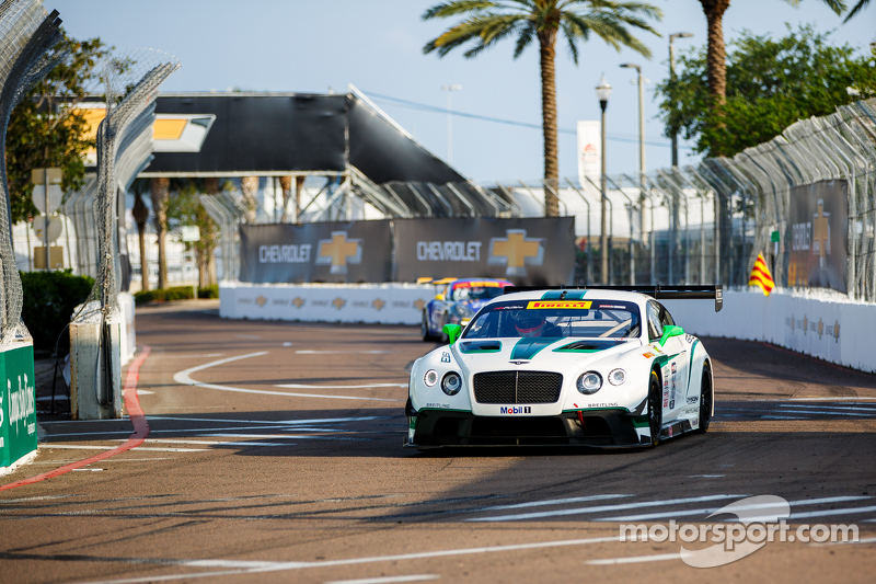 #16 Bentley Team Dyson Racing, Bentley Continental GT3: Chris Dyson