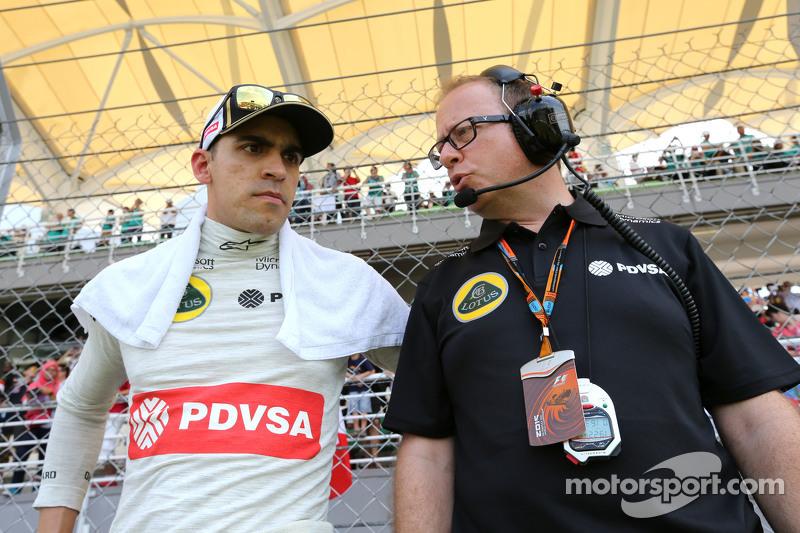 Pastor Maldonado, Lotus F1 Team, und Mark Slade, Lotus F1 Team, Renningenieur