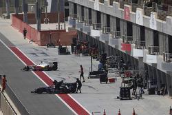 تجارب شهر أبريل/نيسان في البحرين