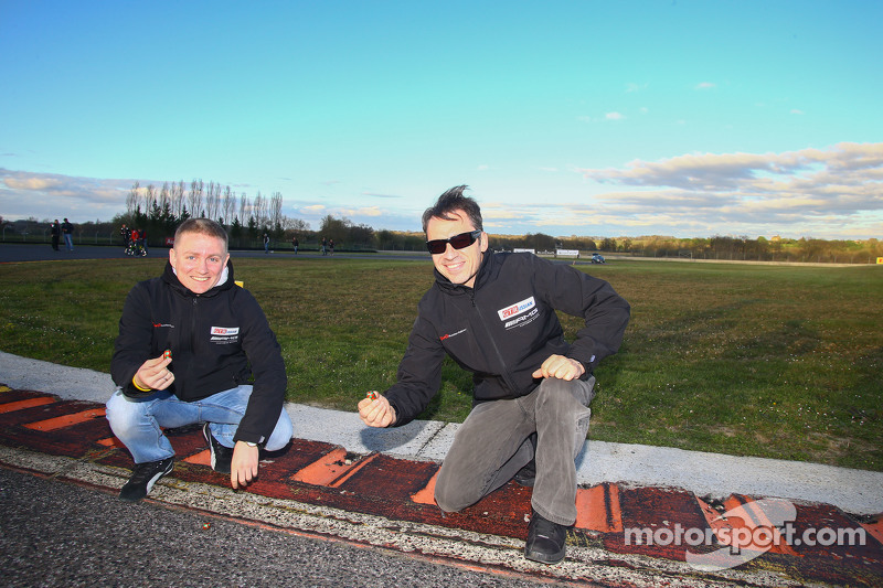Alexey Vasiliev和Christophe Bouchut在赛道上找到复活节彩蛋