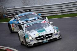 #30 RAM Racing, Mercedes AMG GT3: Alistair MacKinnon, Lewis Plato