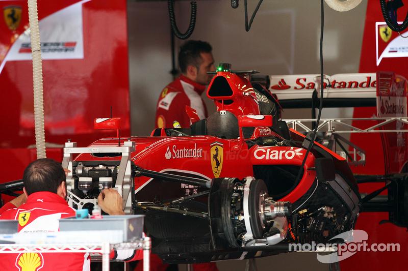 Ferrari SF15-T being prepared