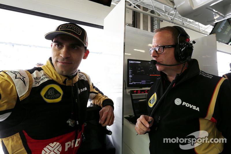Pastor Maldonado, Lotus F1 Team y Mark Slade, Lotus F1 Team, ingeniero de carrera