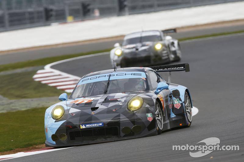 #77 Proton Competition Porsche 911 GT3 RSR: Patrick Dempsey, Patrick Long, Marco Seefried