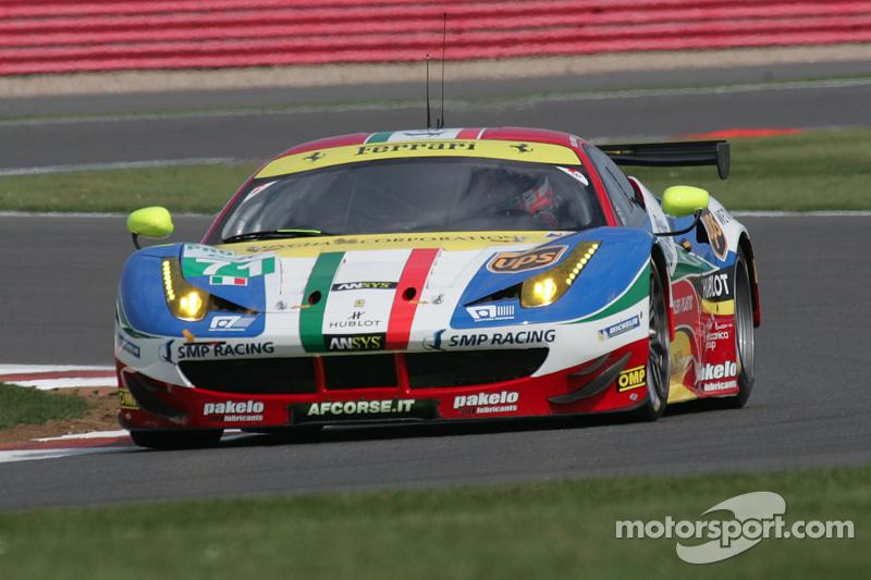 #71 AF Corse, Ferrari 458 Italia: Davide Rigon, James Calado