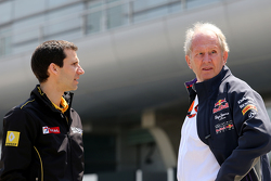 Remi Taffin, Renault Sport F1 Head of track operations and Dr Helmut Marko, Red Bull Motorsport Consultant