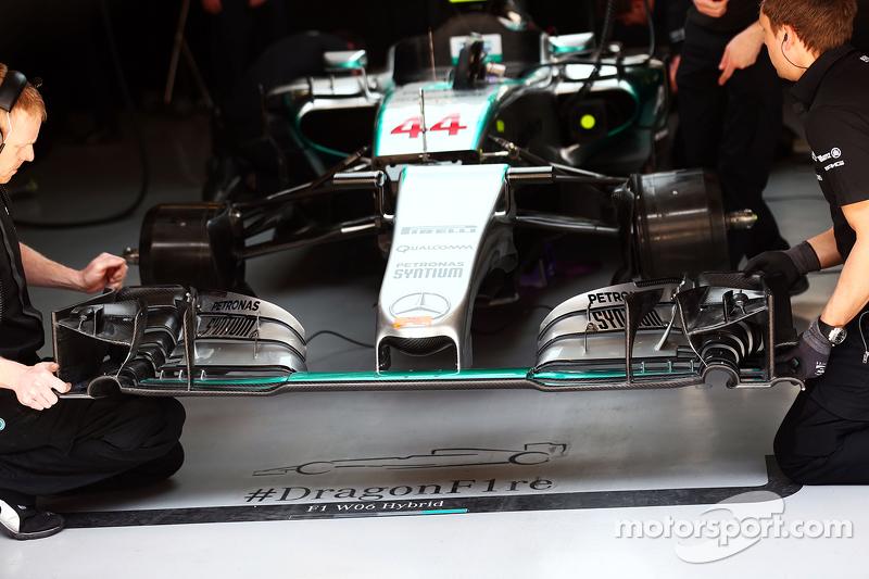 Lewis Hamilton, Mercedes AMG F1 W06 alerón delantero