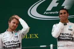 Nico Rosberg Mercedes AMG F1 W06 et le vainqueur Lewis Hamilton Mercedes AMG F1