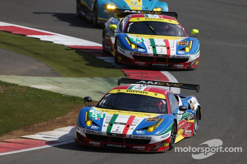 #51 AF Corse Ferrari F458 Italia: Gianmaria Bruni dan Toni Vilander dan #71 AF Corse Ferrari F458 Italia: Davide Rigon dan James Calado