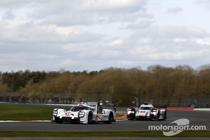 #18 Porsche Team, 919 Hybrid: Romain Dumas, Neel Jani, Marc Lieb und #7 Audi Sport Team Joest, R18 e-tron quattro: Marcel Fässler, André Lotterer, Benoit Tréluyer
