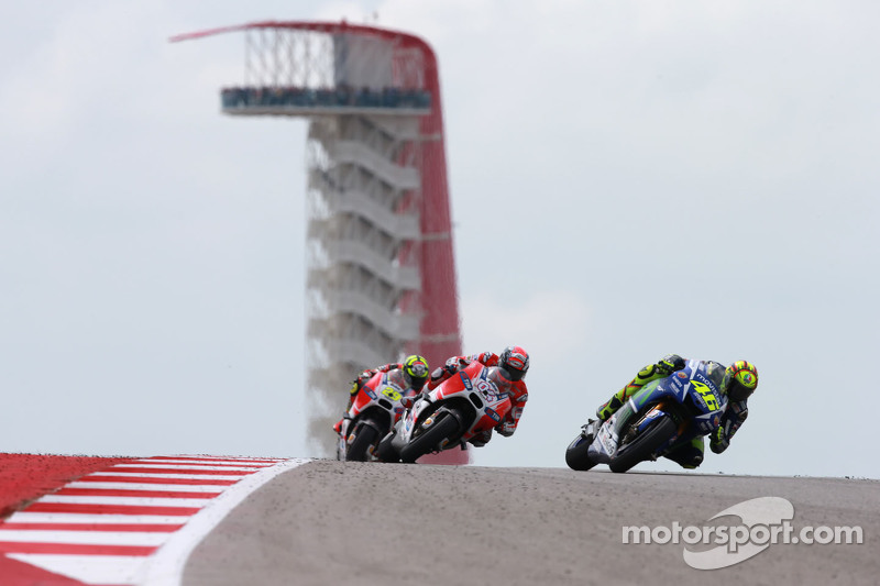 Valentino Rossi, Yamaha Factory Racing dan Andrea Dovizioso dan Andrea Iannone, Ducati Team
