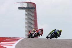 Valentino Rossi, Yamaha Factory Racing; Andrea Dovizioso und Andrea Iannone, Ducati Team