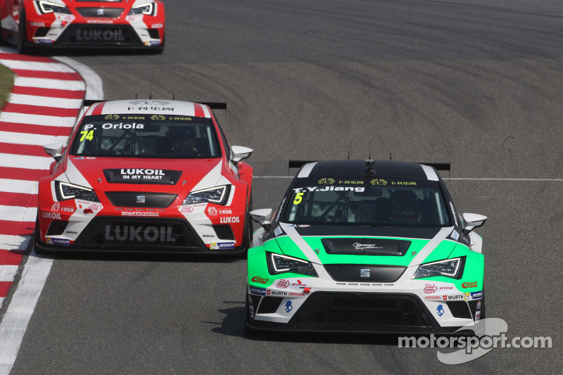 Tengyi Jiang, Seat Leon Racer , Target Competition  dan Pepe Oriola, SEAT Leon Racer, Team Craft-Bamboo LUKOIL