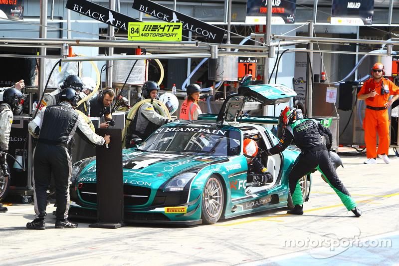 #21 Black Falcon, Mercedes SLS AMG GT3: Hupert Haupt, Abdulaziz Al Faisal