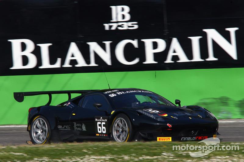 #66 Black Pearl Racing by Rinaldi Ferrari 458 Italia: Стів Перроу, П'єр Каффер