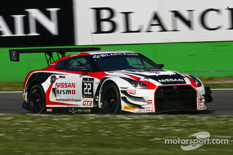 #22 Nissan GT Academy Team RJN, Nissan GT-R Nismo GT3: Ricardo Sanchez, Marc Gassner, Florian Strauss