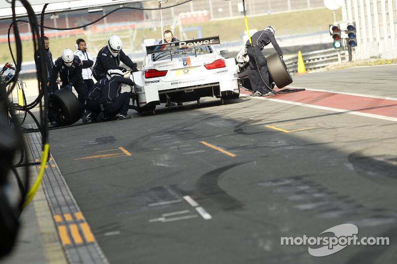 Pit stop for Antonio Felix da Costa, BMW Team Schnitzer BMW M4 DTM
