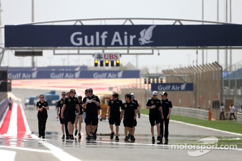 Lotus F1 Team engineers