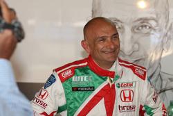 Gabriele Tarquini, Honda Civic WTCC, Castrol Honda WTC Team