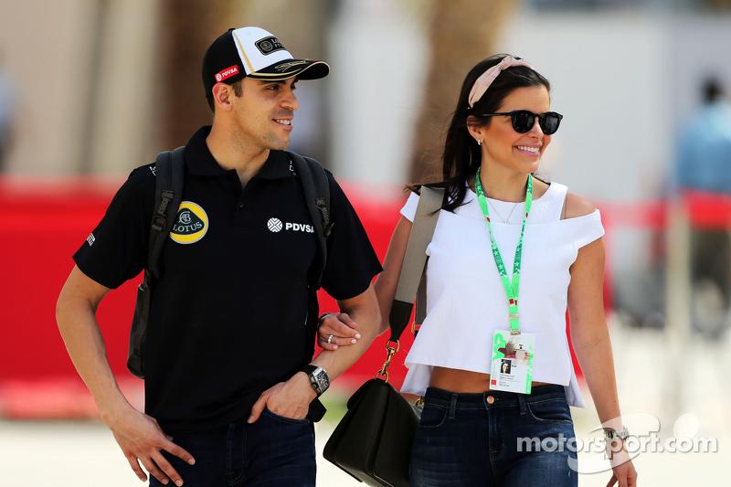 Pastor Maldonado, Lotus F1 Team bersama istrinya, Gabriela Tarkanyi