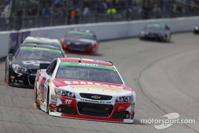 Richmond, VA - Apr 26, 2015: The NASCAR Sprint Cup Series teams take to the track for the Toyota Ow