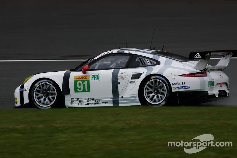 #91 保时捷车队Manthey 保时捷911 RSR: Sven Müller, Kevin Estre