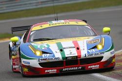 #71 AF Corse, Ferrari F458 Italia: Davide Rigon, James Calado