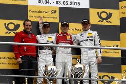 领奖台:第二名帕斯卡尔·维尔莱茵,梅赛德斯-AMG C63 DTM;第一名Jamie Green, 奥迪赛车队Rosberg 奥迪 RS 5 DTM;第三名Paul Di Resta, 梅赛德斯-AMG C63 DTM