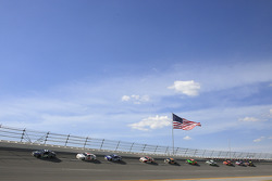 Single file racing at Talladega