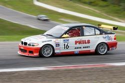 Phil Parlato (n°16 BMW 325i)