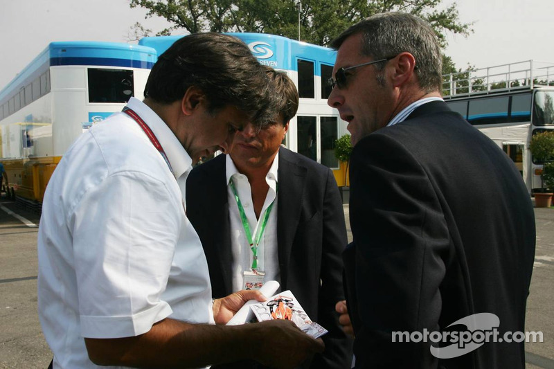 Pasquale Lattuneddu, FOM, Mauro Sipz, Founder of new series Formula N. T07, Marcello Lotti, General Manager of KSO