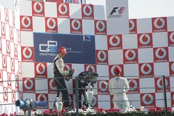 Podium: race winner Giorgio Pantano with Nelson A. Piquet and Lewis Hamilton
