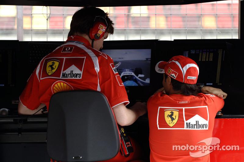 Felipe Massa et Rob Smedley