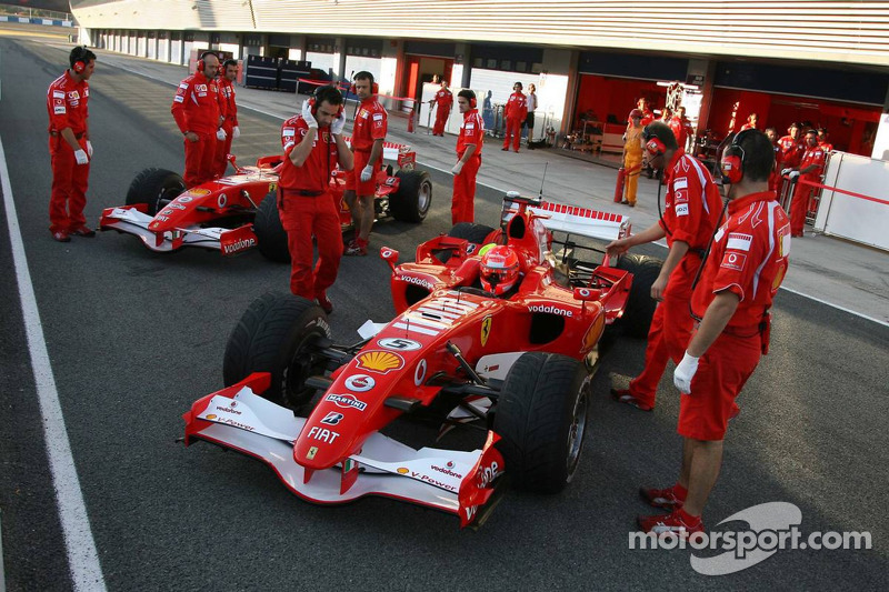 Michael Schumacher ve Luca Badoer