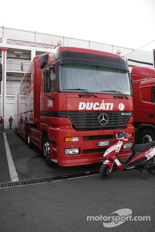 Camion de Ducati Xerox