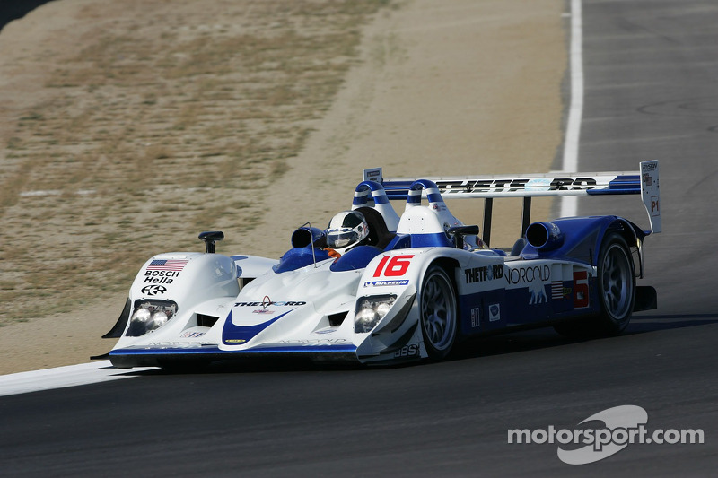 La Dyson Racing Team Lola B06/10 AER n°16 : James Weaver, Chris Dyson