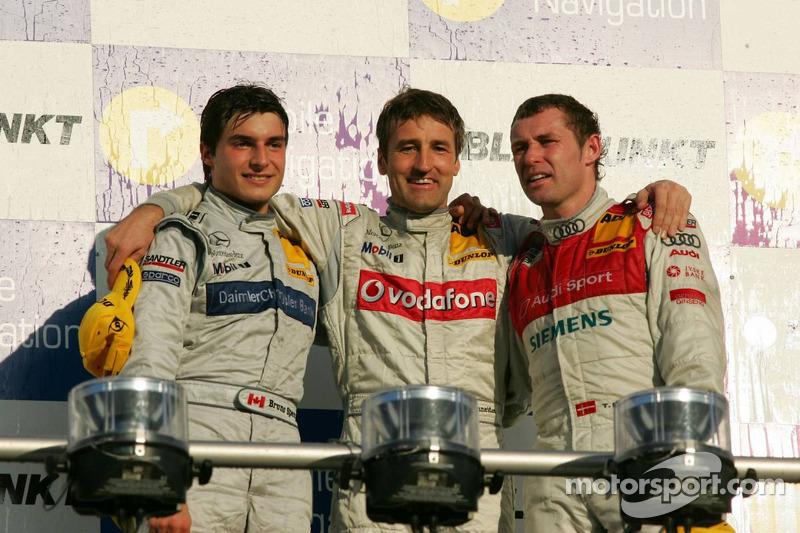 Podium du Championnat de DTM 2006 : le champion Bernd Schneider avec Bruno Spengler