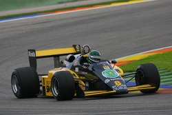 Thoroughbred GP race: R. Gallego, Minardi F1-185
