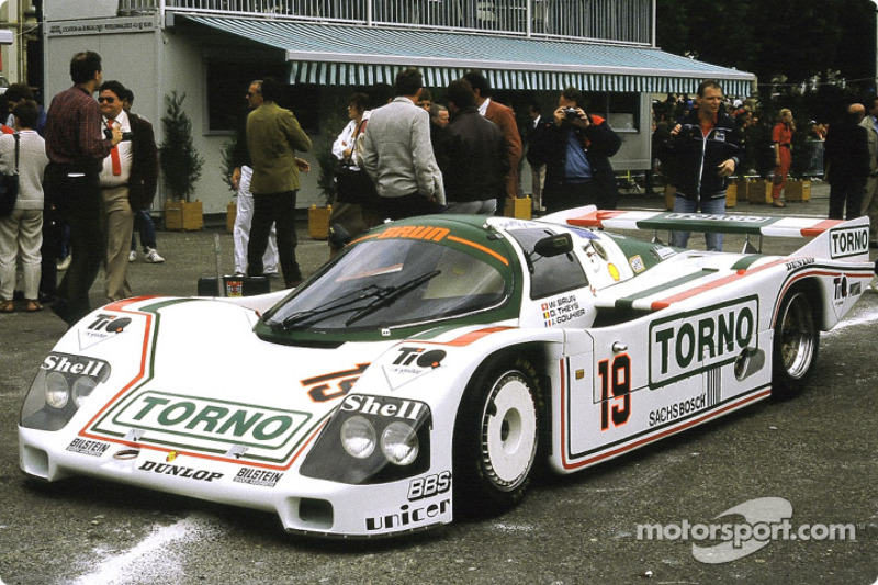 #19 Brun Motorsport Porsche 962 C: Walter Brun, Joël Gouhier, Didier Theys