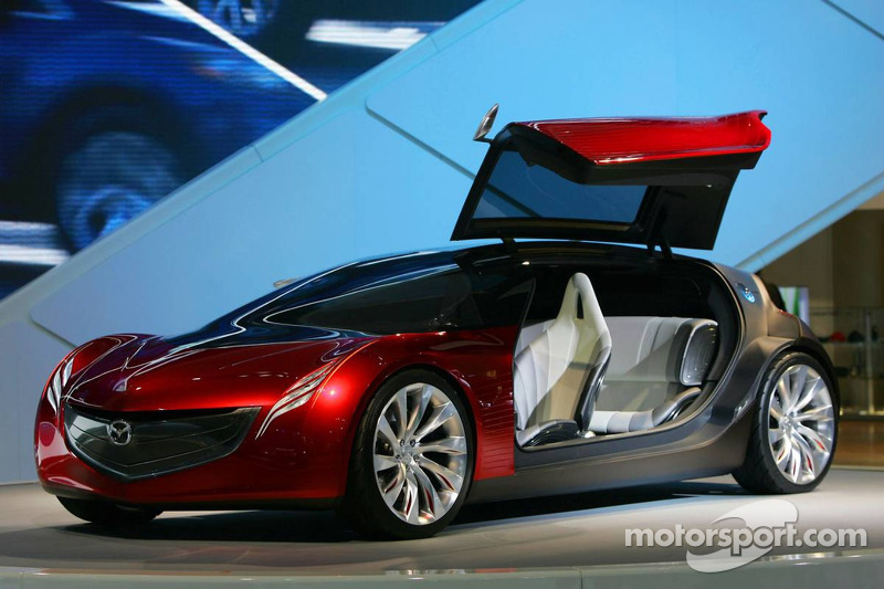 Mazda Ryuga concept at North American International Auto Show, Detroit